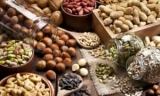 Диетологи рассказали, кому вредно есть грецкие орехи