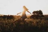 Лайфхаки элегантности: как пережить жару и не потерять стыд
